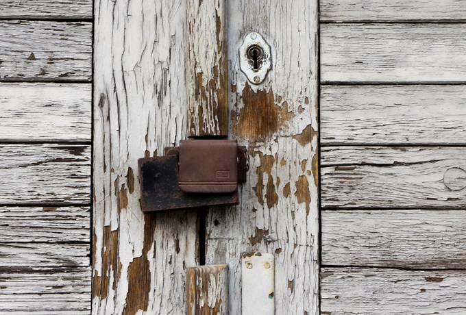 door lock wood