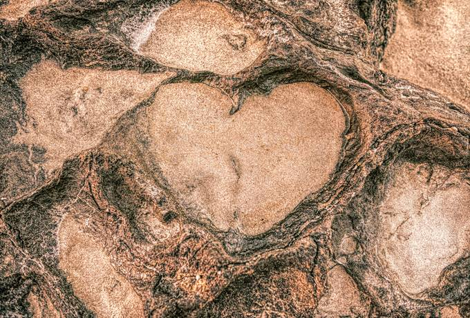 free Heart Shape in the Rock Formation texture
