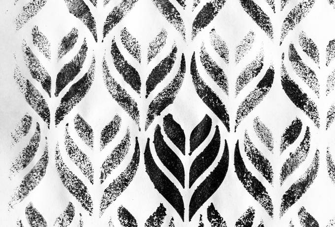 Black and White Ornament Pattern