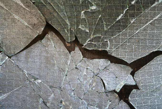 reinforced cracked glass