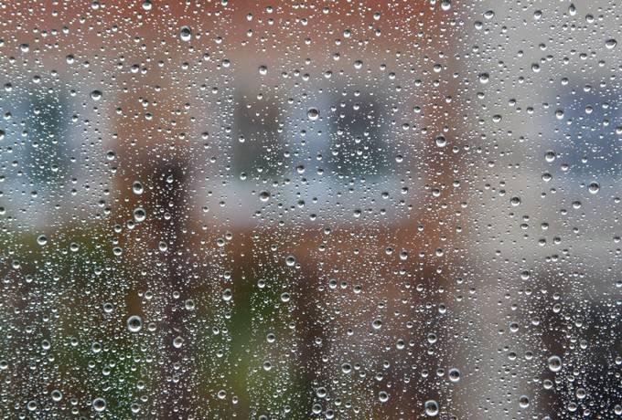 raindrop pane glass
