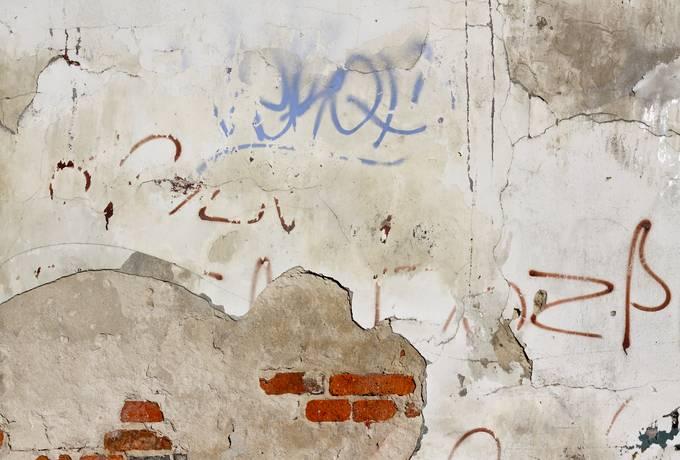 free grunge cracked plaster texture