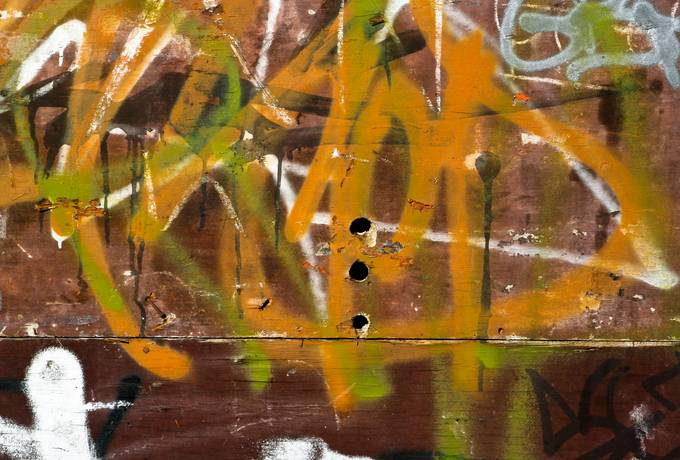 wood spray graffiti