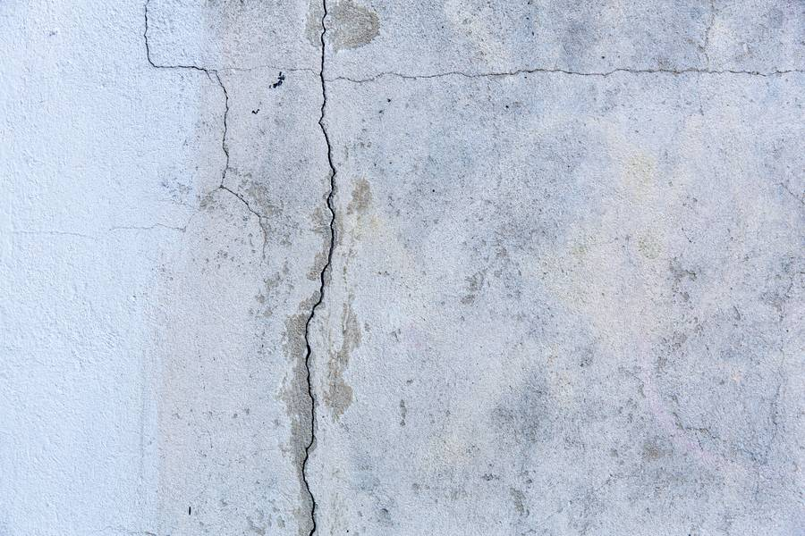 Cracked Wall free texture