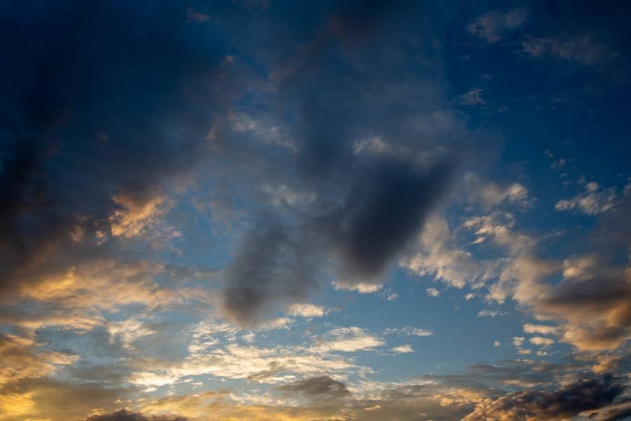 Sky with Orange Light free texture